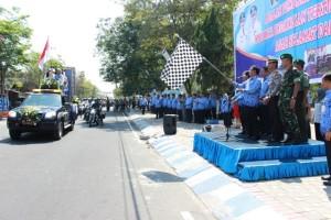 kirab Piala WTN  di RTH Kecamatan Wlingi