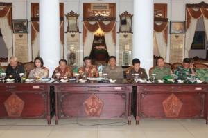Rapat Koordinasi Forum Pimpinan Daerah dan Stakeholders